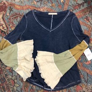 Free People NWT bell bottom sleeves size S